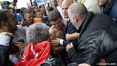 Detidos seis funcionários da Air France por agressão de dirigentes