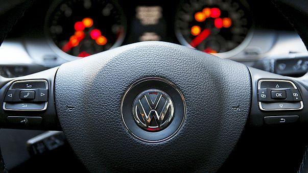 Le scandale Volkswagen plombe le moral des investisseurs allemands