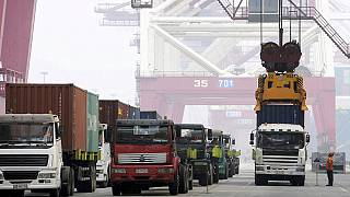 کاهش حجم صادرات و واردات چین