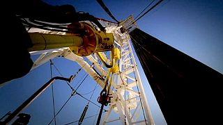 AIE prevê abrandamento na procura de petróleo
