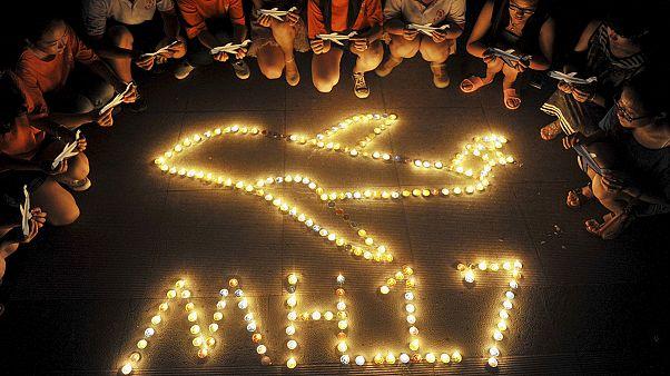 Los familiares de las víctimas del vuelo MH17 piden respuestas a Moscú