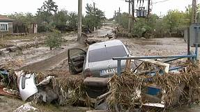 Romania floods leave motorists stranded