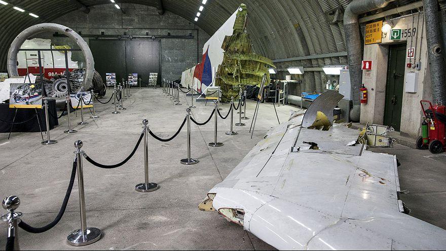 كييف تسقط مسؤوليتها عن حادث تحطم الطائرة الماليزية أم أتش 17