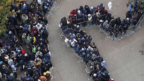 """Immer mehr Deutsche sagen: """"Es kommen zu viele Asylbewerber"""""""