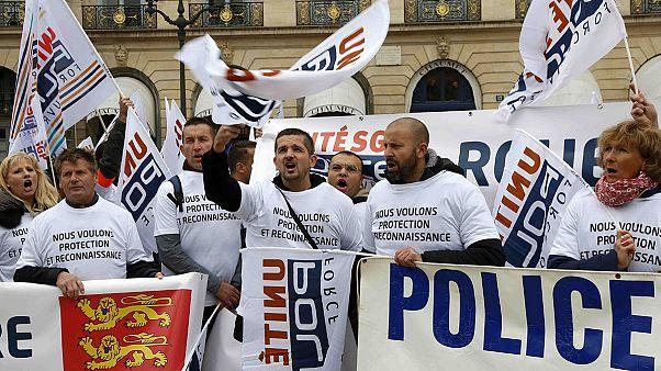 تظاهرات هزاران پلیس فرانسوی در برابر وزارت دادگستری