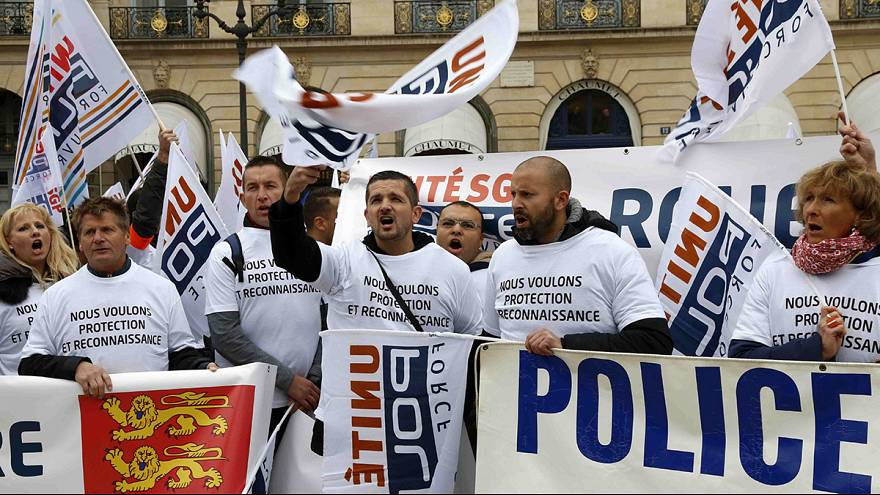 French police in Paris protest