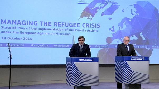 EU officials tells governments to keep promises on migration