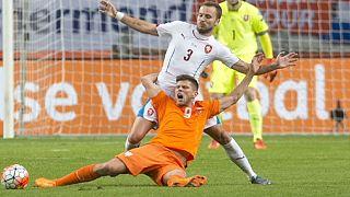 Dünya üçüncüsü Hollanda'ya Euro 2016 şoku