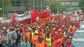 Los trabajadores del sector metalúrgico protestan contra la corrupción