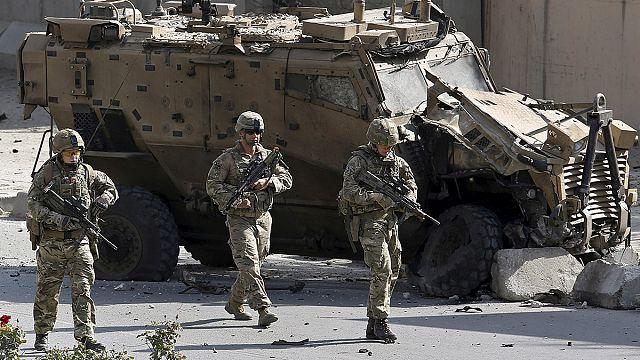 США остаются в Афганистане