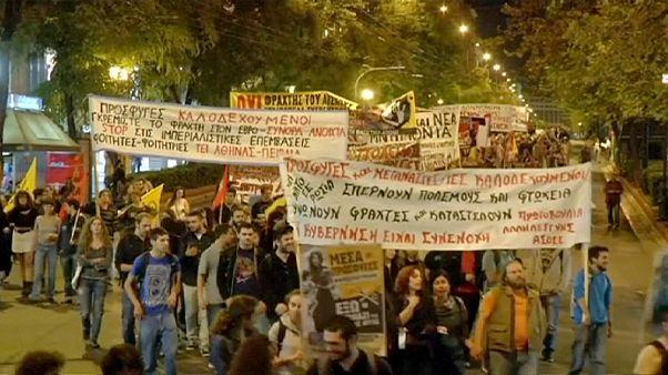 A menekülők szabad mozgásáért demonstráltak Athénban