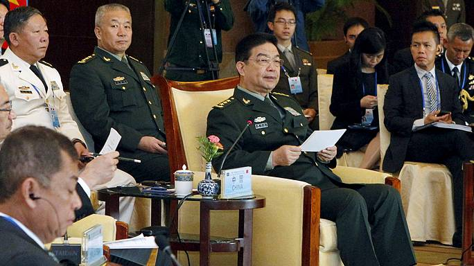Kína barátkozna haragosaival
