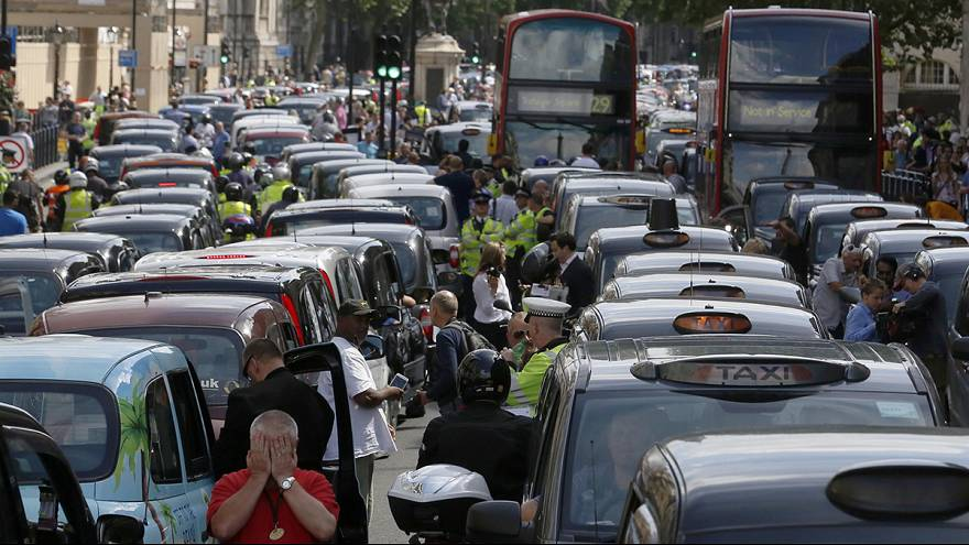 UBER: avoids being declared illegal in the UK