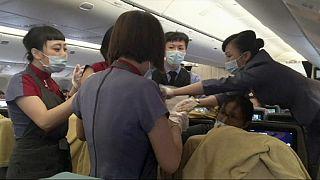 Γέννηση σε αεροπλάνο εν πτήσει!