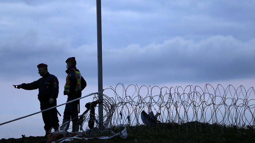 Magyarország kerítéssel zárta le a teljes horvát határszakaszt