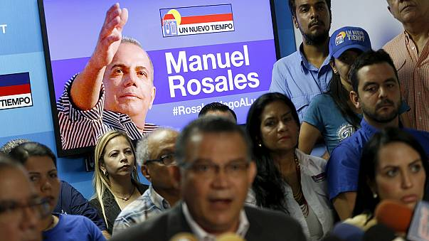 Venezuela: Opposition politician Rosales in court after arrest on return from exile