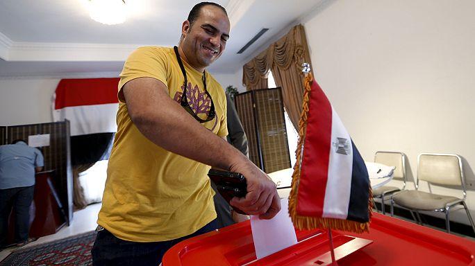 المصريون يتوجهون إلى صناديق الاقتراع لاختيار نوابهم