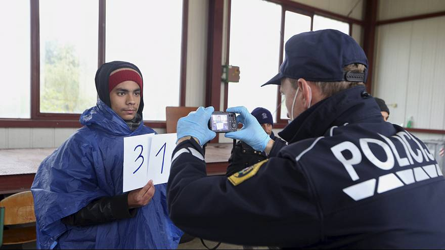 Slovenia takes the strain of Europe's migrant influx