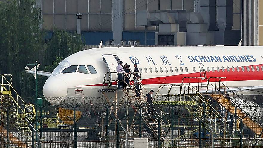 Image: CHINA-ACCIDENT-AVIATION