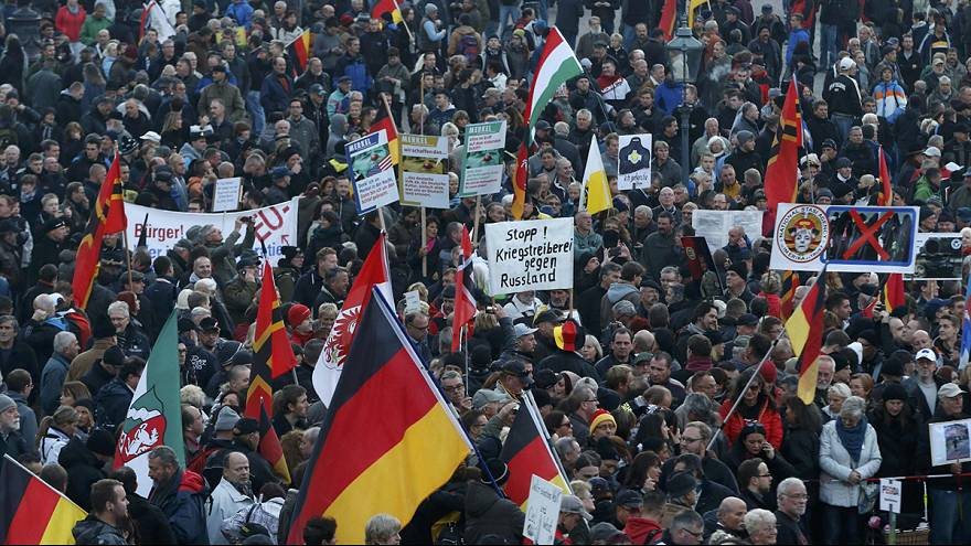German anti-immigrants Pegida mark first year of existence with Dresden rally