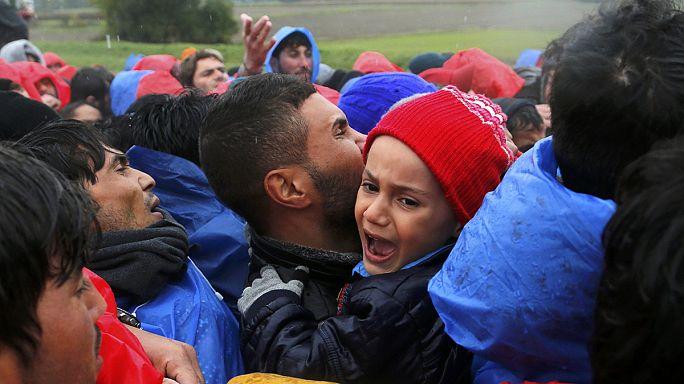 Перемещение беженцев через Балканы осложнилось
