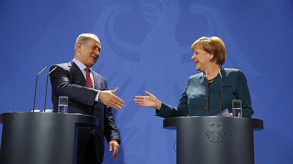 Merkel, Netanjahu: Mindenki békét akar Izraelben