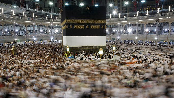 Több mint 2000 halottja lehetett a mekkai tragédiának