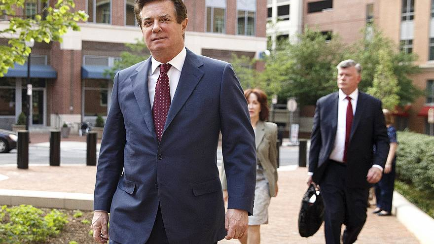 Image: Former Trump campaign manager Paul Manafort attends a motion hearing