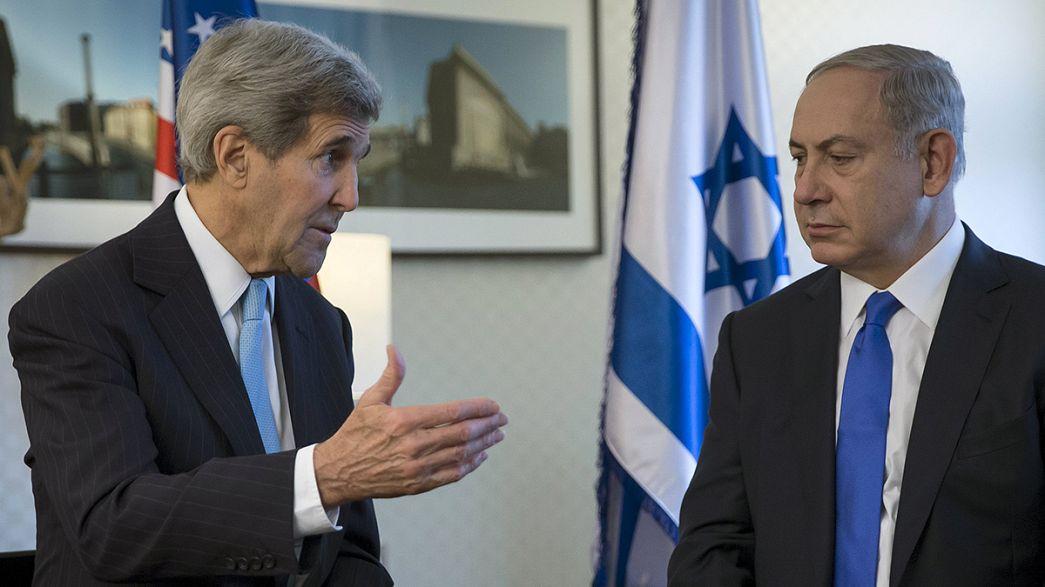 Kerry incontra Netanhyahu a Berlino. Continuano le aggressioni anti-israeliane