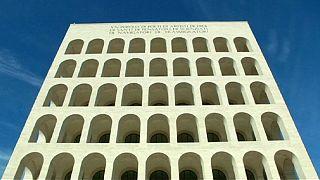"""علامة """"فندي"""" تتخذ من مبنى أنشأه موسوليني مقراً"""
