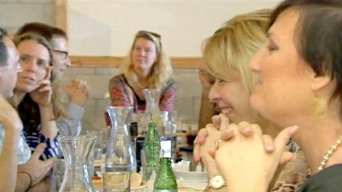 """""""Barış için Humus"""": Aynı masada yemek yiyen Arap ve Yahudiler'e yüzde 50 indirim"""