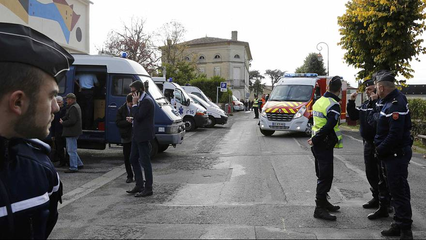France : terrible collision entre un car et un camion, 42 morts