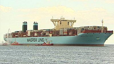Maersk Line: Auch für Container-Schiffe kommt der Wind von vorne