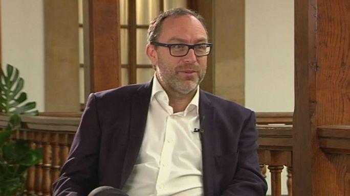Az emberi belefáradtak az értelmi gyulladásokba - interjú a Wikipedia alapítójával