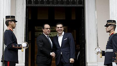 """Hollande, em Atenas: """"A Grécia deu uma lição de democracia ao mundo"""""""