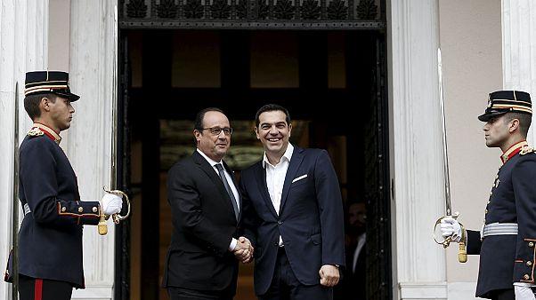 Ελλάδα: Στήριξη Ολάντ για χρέος- πλειστηριασμούς, με εφαρμογή των υπεσχημένων