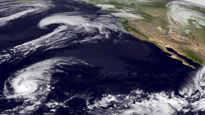 """México: Furacão Patrícia o """"mais forte da história do planeta"""""""