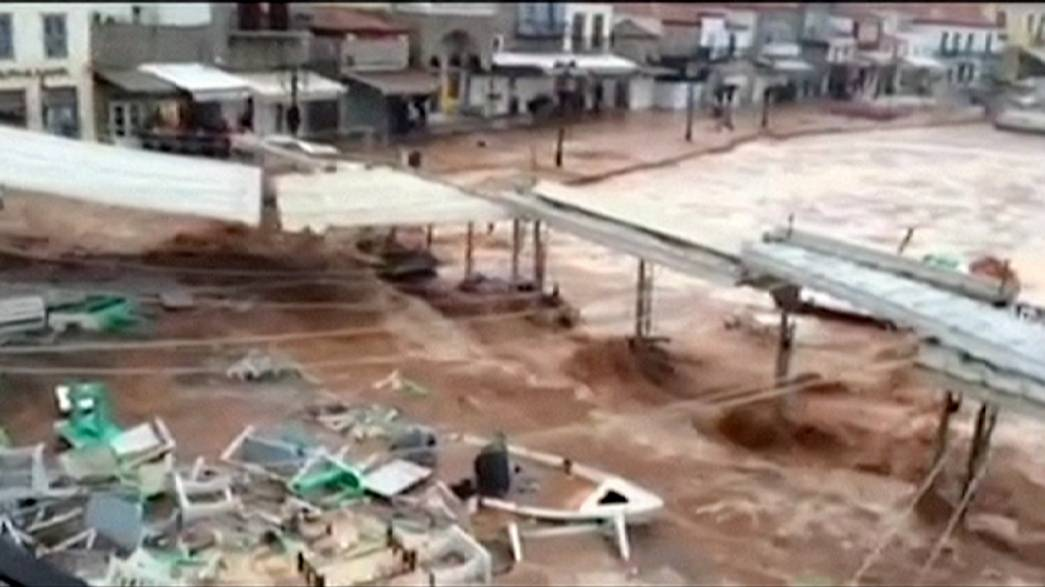 La isla Hidra en estado de emergencia por las inundaciones