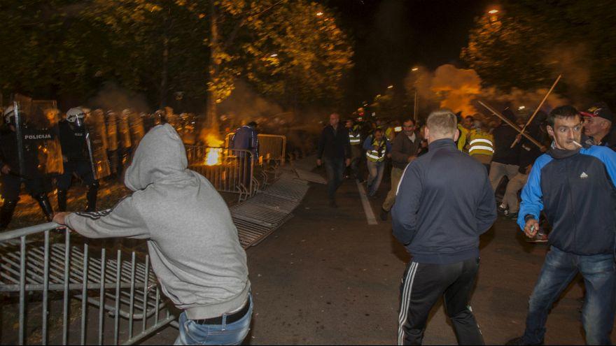 Черногория: антиправительственные протесты обернулись беспорядками