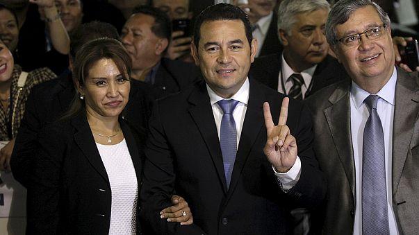 Egy tévés humorista nyerte az elnökválasztást Guatemalában