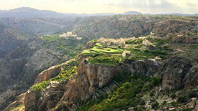 Montagne, laghi e acque cristalline: l'Oman che non ci aspetteremmo