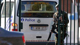 بلجيكا: الشرطة تواصل البحث عن مقتحم مدخل ثكنة فلاوين العسكرية