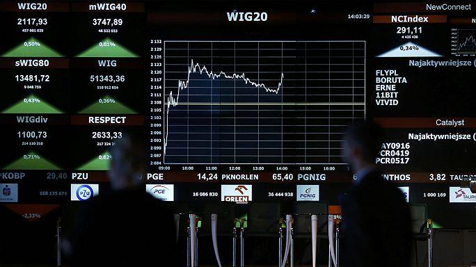 انخفاض العملة البولندية عقب صدور نتائج الإنتخابات