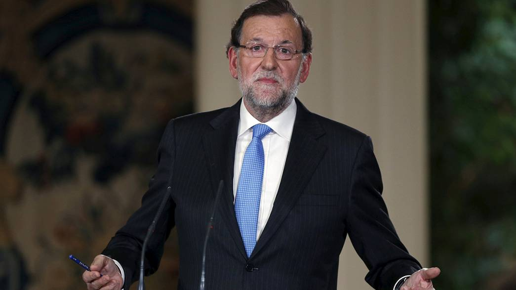 Spain: PM calls December elections, campaigns against secession