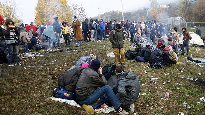 Balkans struggle with migrant crisis as winter looms