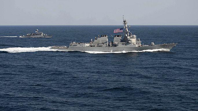 Amerikai rombolóhajó érkezett Kína mesterséges szigetéhez