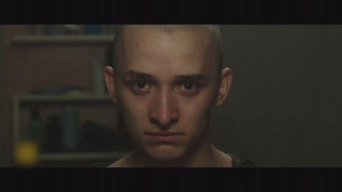 Már a mozikban van Goda Kriszta új filmje, a Veszettek