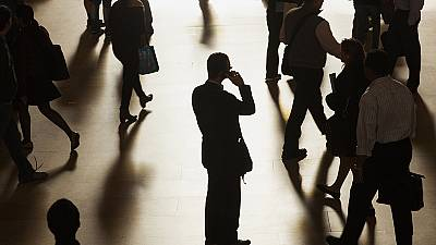 EU ends mobile roaming charges from 2017