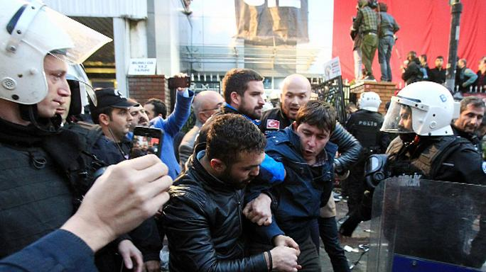 Turkish police storm opposition Bugun TV during live broadcast