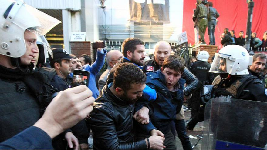 İpek Medya'ya canlı yayında baskın